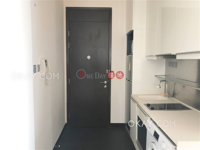 Property Search Hong Kong | OneDay | Residential | Rental Listings Nicely kept 2 bedroom with balcony | Rental