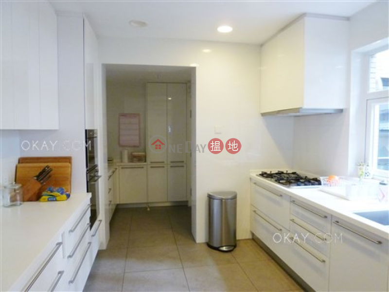 Efficient 3 bedroom with balcony & parking | For Sale | Garden Terrace 花園台 Sales Listings