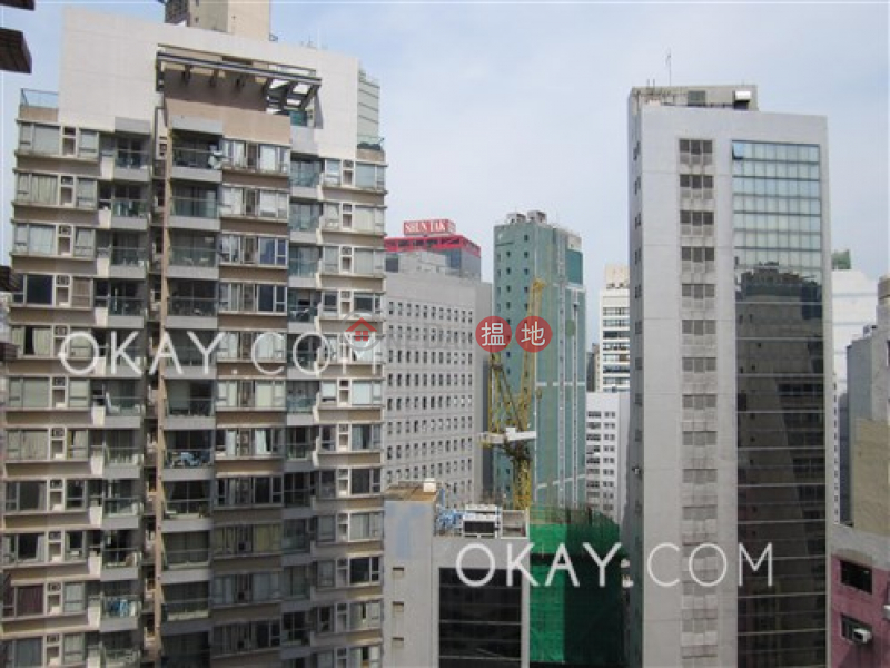 HK$ 35,000/ month | Hollywood Terrace | Central District, Stylish 3 bedroom in Sheung Wan | Rental