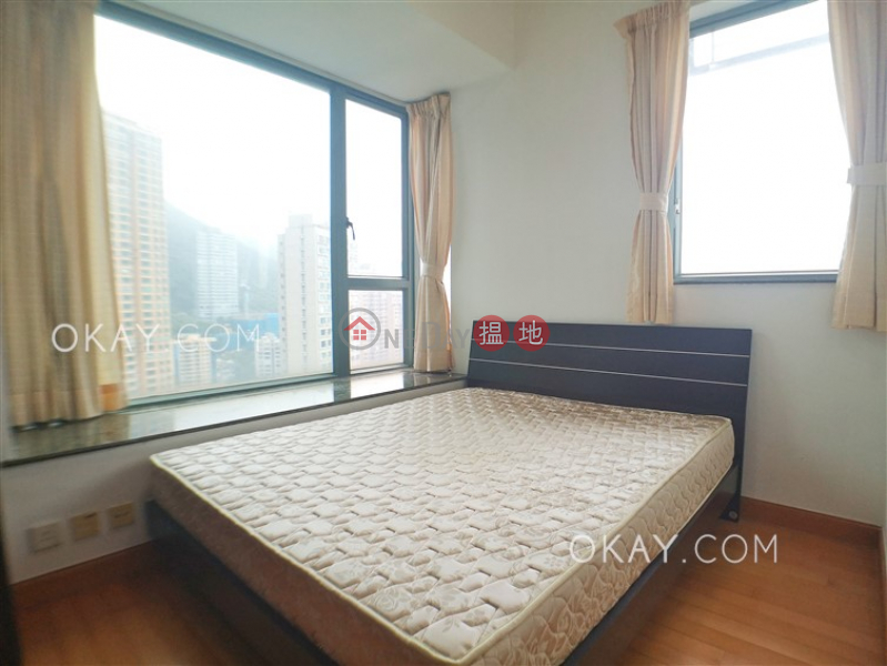 Tasteful 2 bedroom on high floor with balcony   For Sale   2 Park Road 柏道2號 Sales Listings