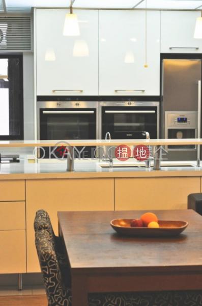 Tasteful 3 bedroom in Mid-levels West | Rental | Blessings Garden 殷樺花園 Rental Listings