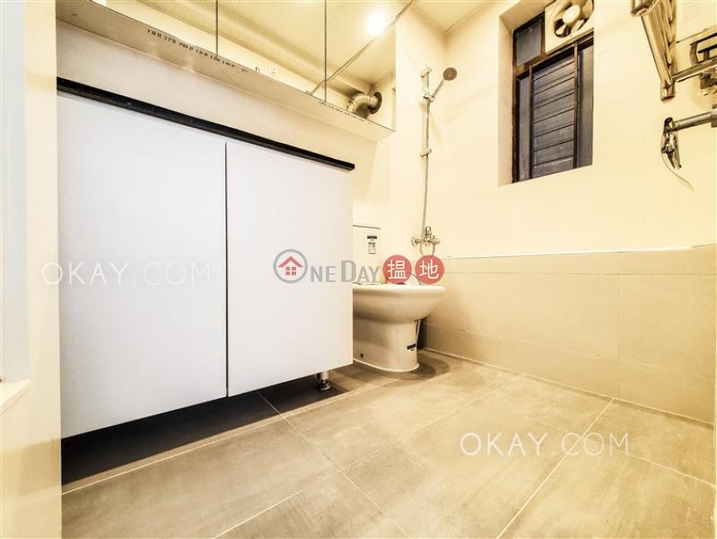 香港搵樓|租樓|二手盤|買樓| 搵地 | 住宅出售樓盤3房2廁,露台《嘉輝大廈出售單位》