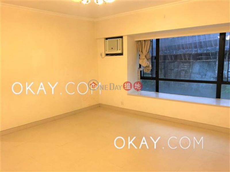 香港搵樓|租樓|二手盤|買樓| 搵地 | 住宅-出租樓盤-3房2廁,可養寵物,連車位,露台《瓊峰臺出租單位》