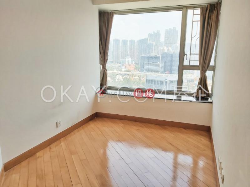 3房2廁,星級會所《擎天半島2期2座出租單位》1柯士甸道西   油尖旺香港-出租-HK$ 42,000/ 月