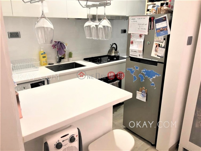 Property Search Hong Kong | OneDay | Residential | Sales Listings | Tasteful 2 bedroom in Mid-levels West | For Sale