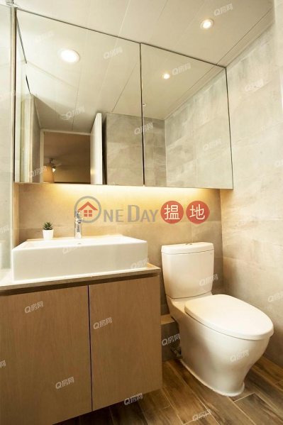 Chong Yip Centre | 2 bedroom Mid Floor Flat for Sale | Chong Yip Centre 創業中心 Sales Listings