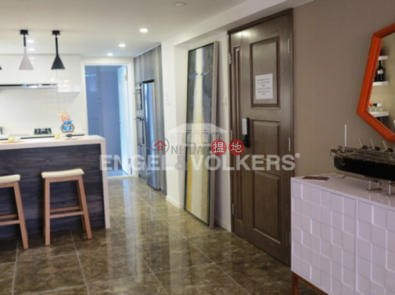 3 Bedroom Family Flat for Sale in Central Mid Levels | 1a Robinson Road 羅便臣道1A號 Sales Listings