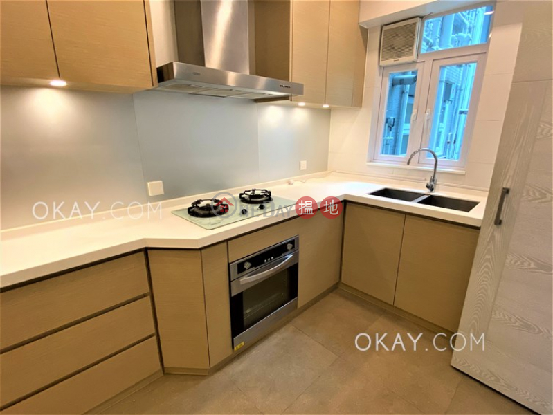 HK$ 60,000/ month, Greenville Gardens | Wan Chai District | Efficient 3 bed on high floor with balcony & parking | Rental