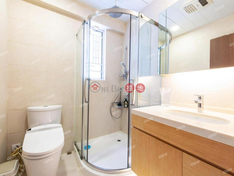 HK$ 39.48M Swiss Towers, Wan Chai District Swiss Towers | 3 bedroom High Floor Flat for Sale