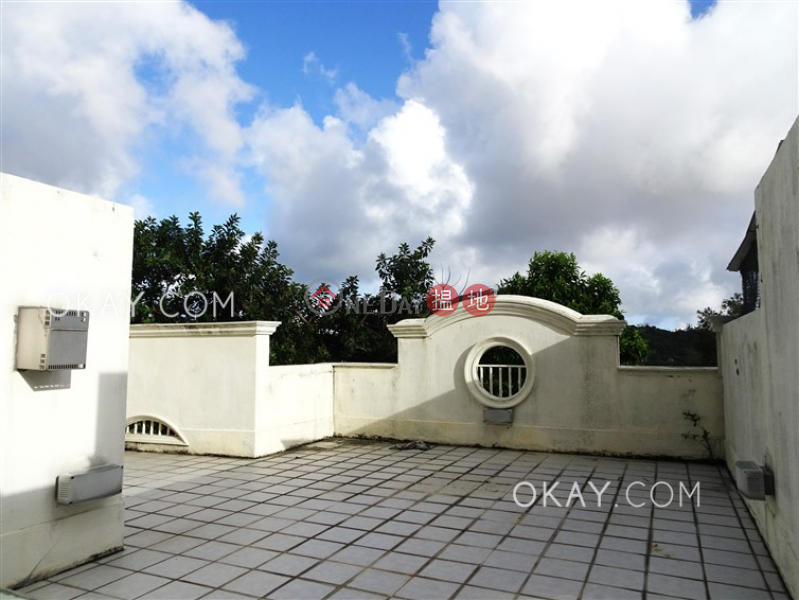 HK$ 68.8M | Windsor Castle, Sai Kung | Rare house with rooftop, terrace | For Sale