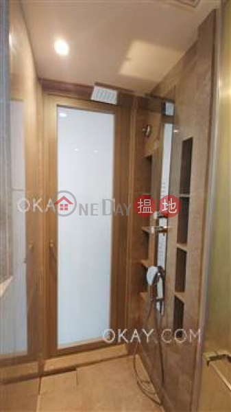 HK$ 11M King\'s Hill, Western District Gorgeous 1 bedroom with balcony | For Sale