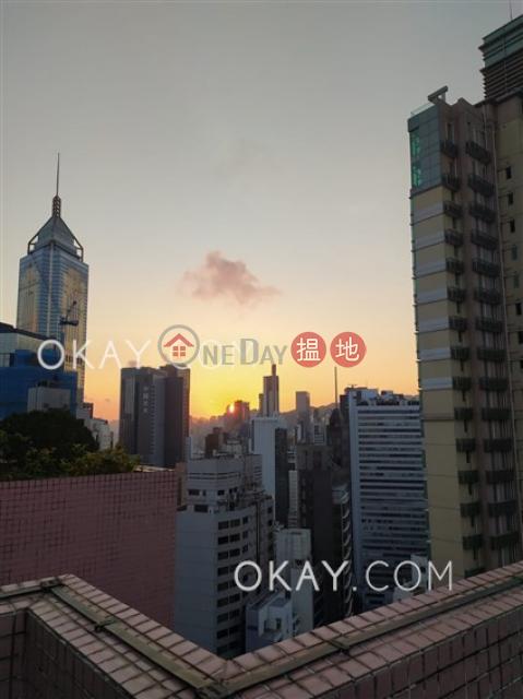 Unique 2 bedroom on high floor with rooftop   For Sale Li Chit Garden(Li Chit Garden)Sales Listings (OKAY-S273675)_0