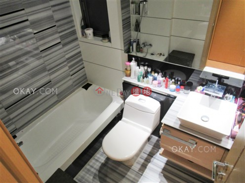 HK$ 13.2M, Tower 5 Aria Kowloon Peak Wong Tai Sin District, Lovely 2 bedroom with balcony | For Sale