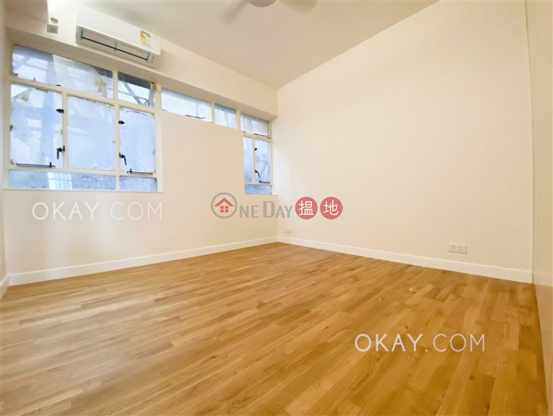 HK$ 105,000/ month, Borrett Mansions   Central District, Efficient 4 bedroom with balcony & parking   Rental