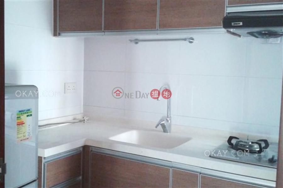 HK$ 1,280萬文華新邨|灣仔區-2房1廁,實用率高,可養寵物,連車位《文華新邨出售單位》