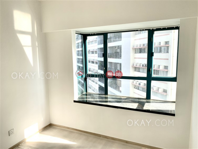 HK$ 20M | Prosperous Height, Western District, Lovely 3 bedroom with harbour views | For Sale