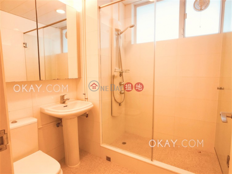 4房3廁,實用率高,連車位《Grosse Pointe Villa出售單位》|Grosse Pointe Villa(Grosse Pointe Villa)出售樓盤 (OKAY-S9423)