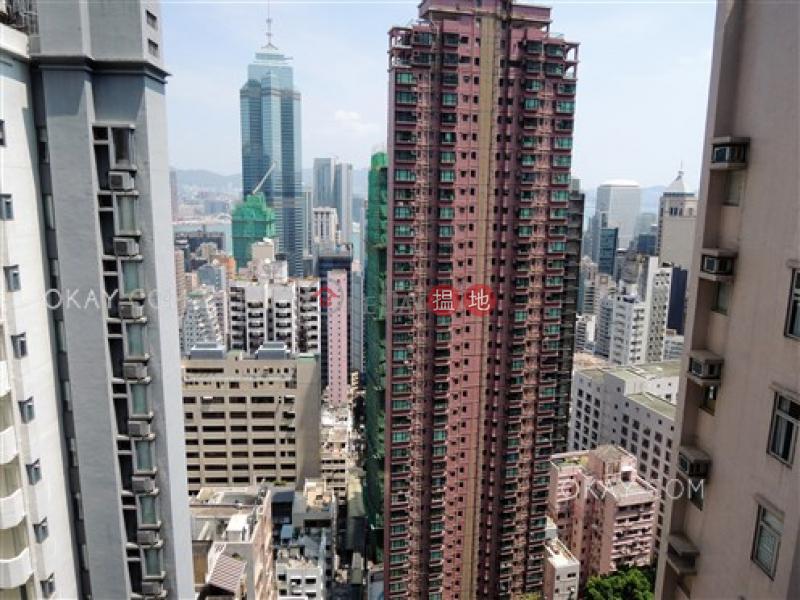 2房1廁,星級會所,露台Soho 38出租單位38些利街   西區香港-出租HK$ 32,000/ 月