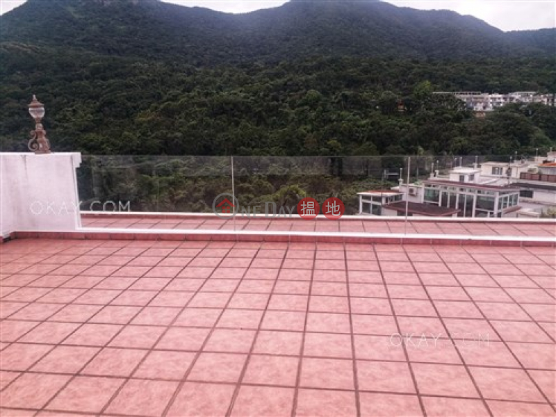 Nicely kept house on high floor with rooftop & balcony | For Sale | Mau Po Village 茅莆村 Sales Listings