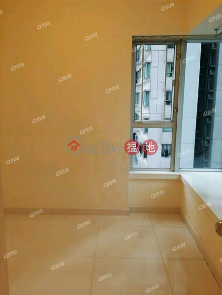 Property Search Hong Kong | OneDay | Residential | Sales Listings, Tower 6 Phase 1 Metro Harbour View | 2 bedroom Mid Floor Flat for Sale