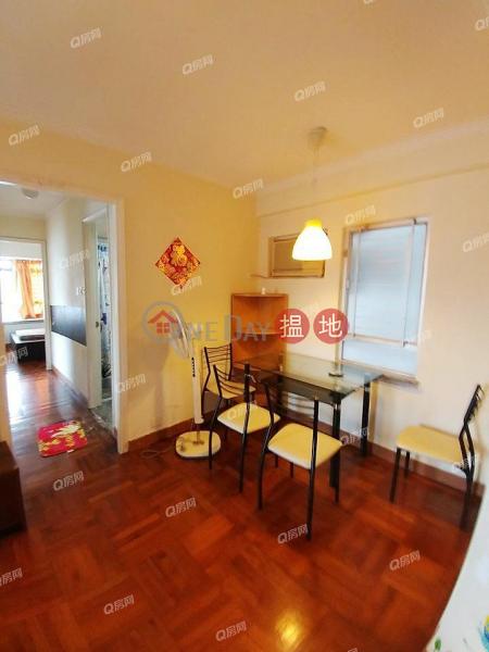 Property Search Hong Kong | OneDay | Residential Sales Listings, Lynwood Court Block 5 - Kingswood Villas Phase 5 | 3 bedroom High Floor Flat for Sale