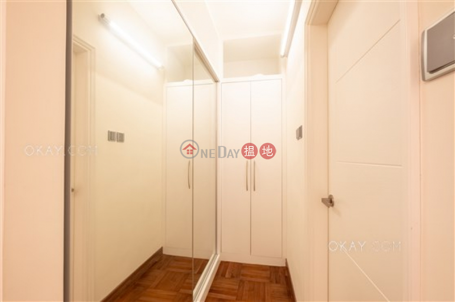 Rare 4 bedroom on high floor with balcony & parking | For Sale | Tregunter 地利根德閣 Sales Listings