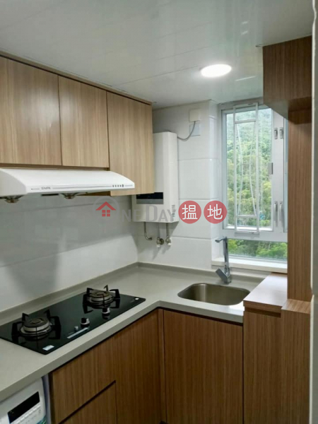 Convenient transportation, Kam Lung Court 錦龍苑 Rental Listings | Ma On Shan (61005-0987457345)