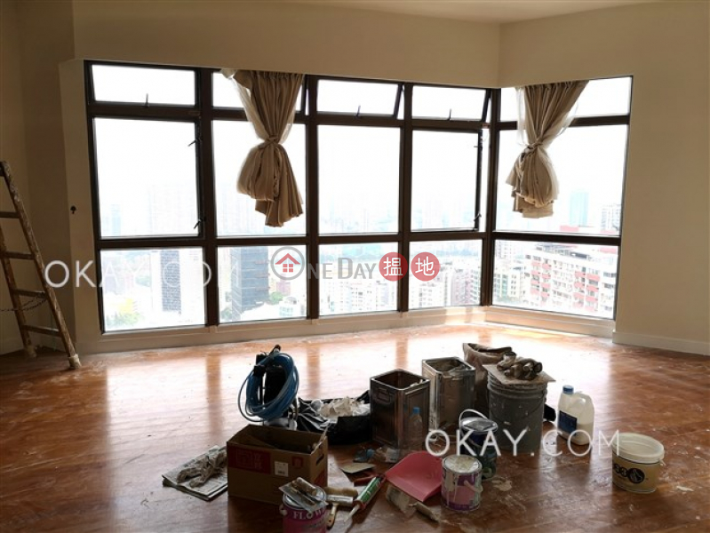 Stylish 3 bedroom on high floor with parking | Rental | Bamboo Grove 竹林苑 Rental Listings