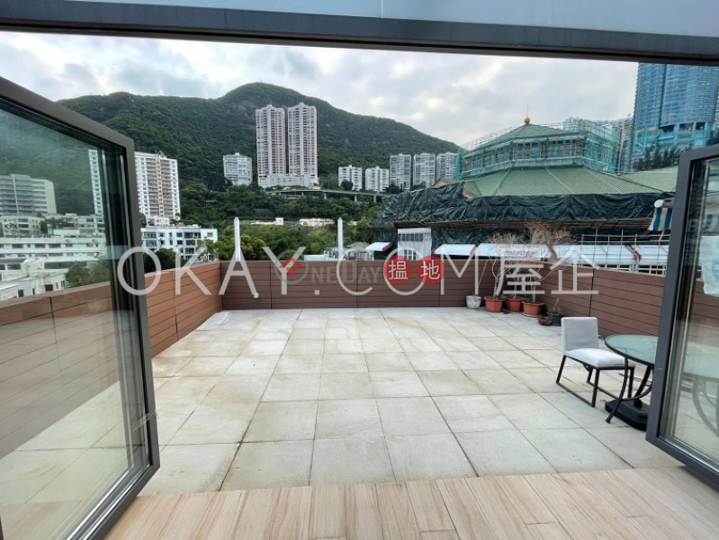 Lovely 2 bedroom on high floor with rooftop & balcony | For Sale | 6-8 Hawthorn Road | Wan Chai District | Hong Kong Sales | HK$ 36.8M