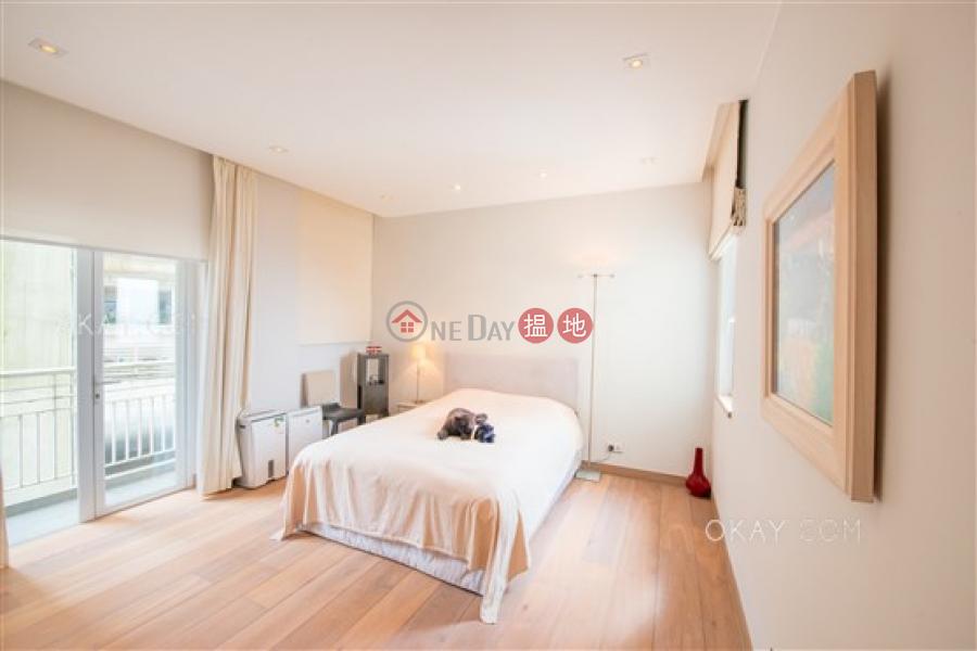 Efficient 3 bedroom with balcony & parking | For Sale | Carolina Garden 嘉樂園 Sales Listings
