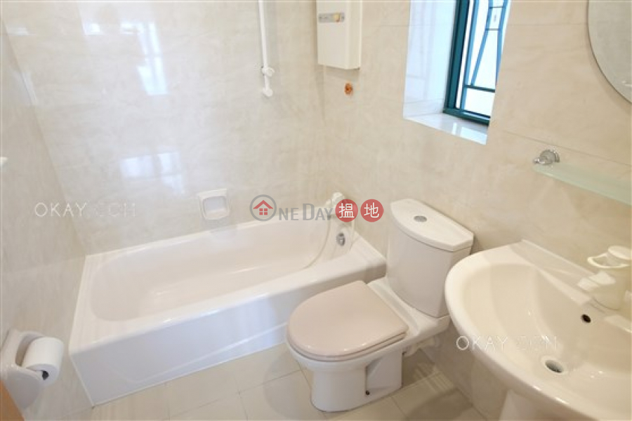 Lovely 3 bedroom with parking | For Sale, Scholastic Garden 俊傑花園 Sales Listings | Western District (OKAY-S123116)