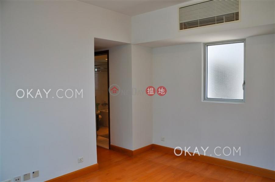 Nicely kept 3 bedroom with balcony | Rental | The Harbourside Tower 3 君臨天下3座 Rental Listings