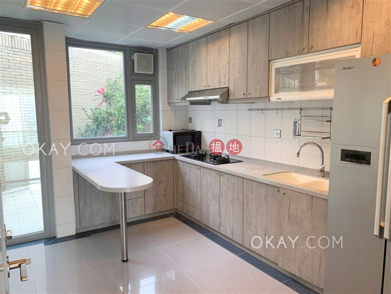 HK$ 200,000/ month The Beachfront Southern District, Stylish house with sea views, terrace & balcony   Rental