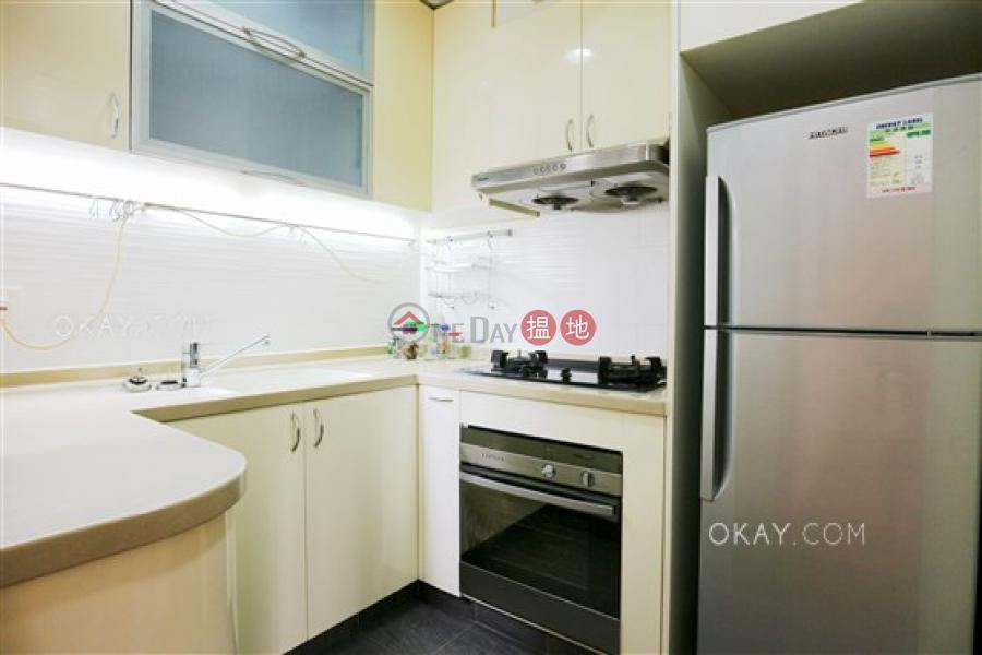 HK$ 34,800/ month, Illumination Terrace Wan Chai District Elegant 3 bedroom in Tai Hang | Rental