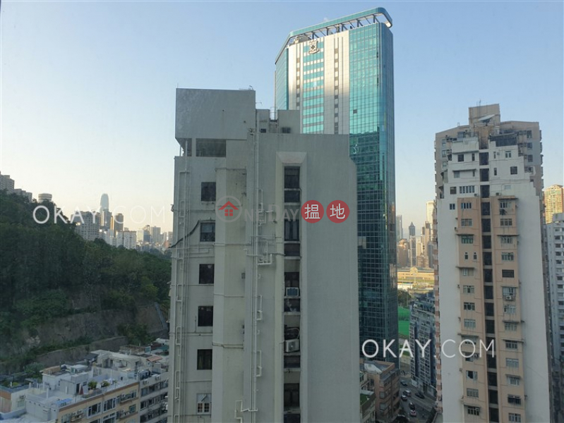 HK$ 28,000/ month, Village Garden Wan Chai District Charming 3 bedroom on high floor with balcony | Rental