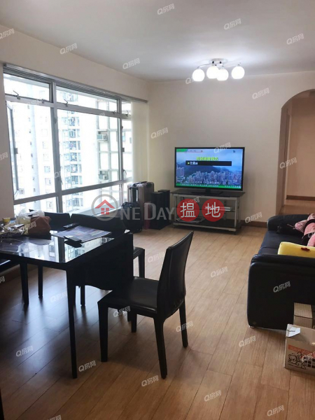 Property Search Hong Kong | OneDay | Residential | Rental Listings | Block 11 Yee Hoi Mansion Sites C Lei King Wan | 3 bedroom Mid Floor Flat for Rent