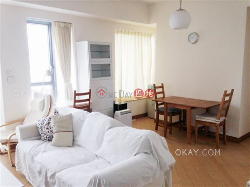 HK$ 52,000/ month The Java | Eastern District | Tasteful 4 bed on high floor with sea views & balcony | Rental