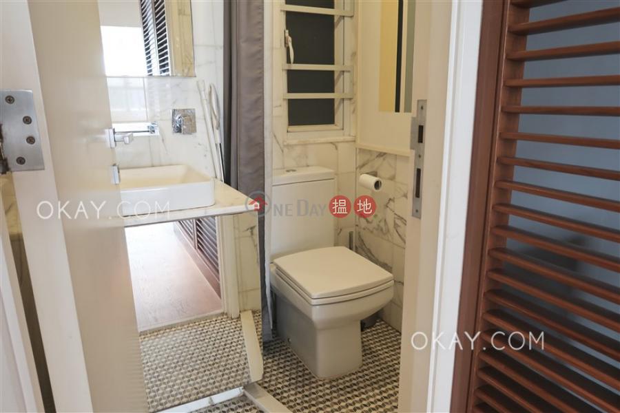 2房1廁,極高層《東興大廈出租單位》-129-135莊士敦道 | 灣仔區|香港|出租-HK$ 35,000/ 月