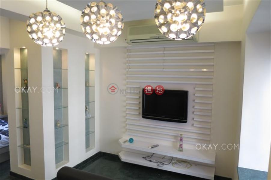 Cozy 1 bedroom on high floor | For Sale | 1-9 Mosque Street | Western District Hong Kong Sales | HK$ 8.2M