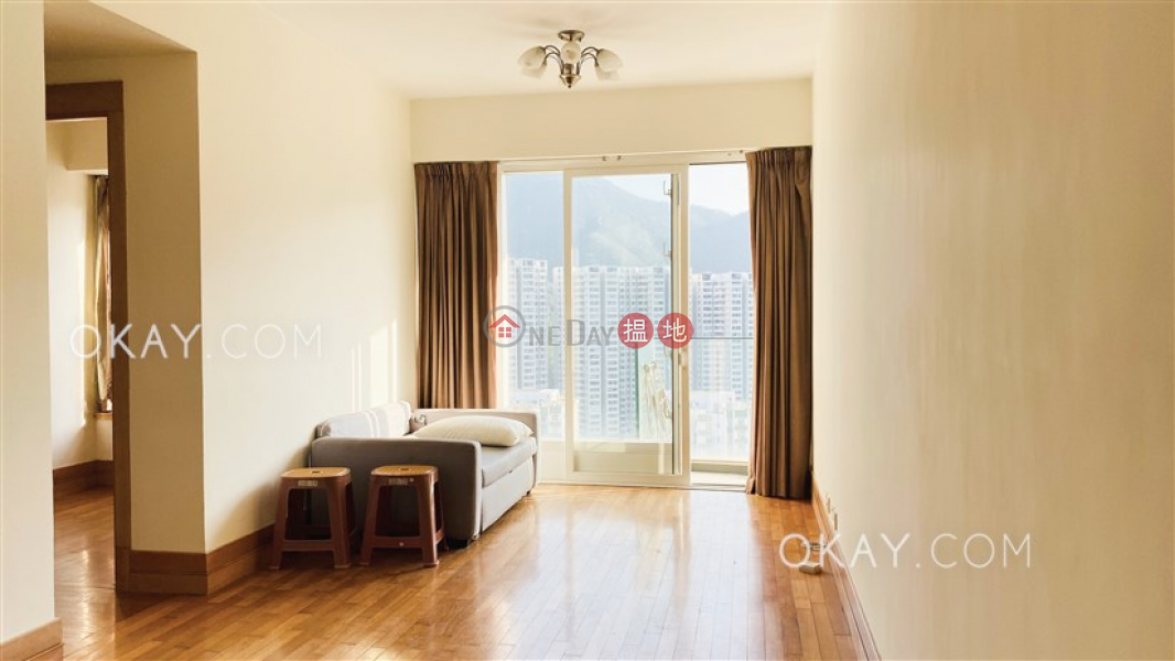 HK$ 30,000/ month, The Orchards Block 1 Eastern District, Practical 2 bedroom on high floor with balcony | Rental