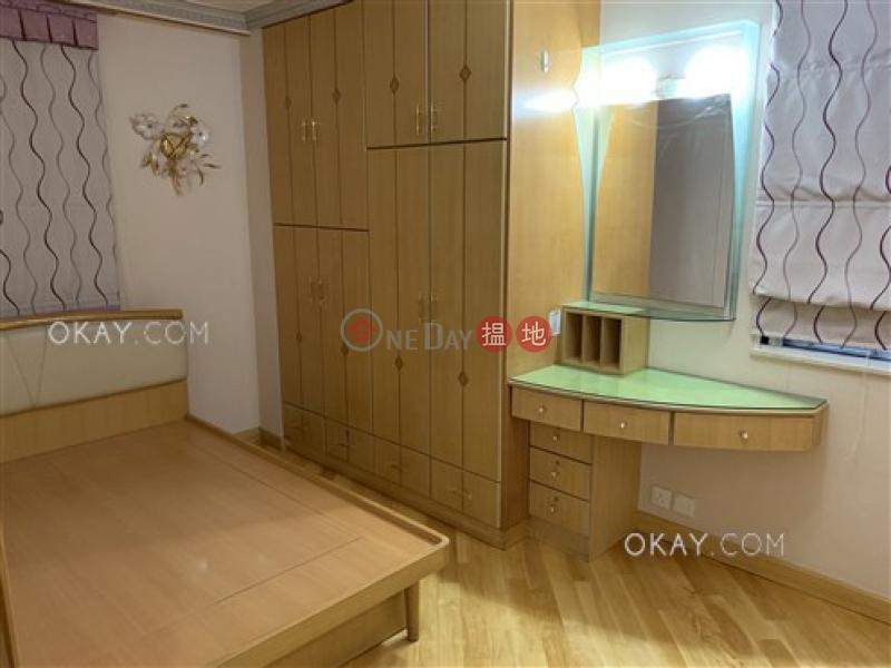 (T-17) Kam Shan Mansion Kao Shan Terrace Taikoo Shing, Low, Residential Sales Listings, HK$ 13.28M