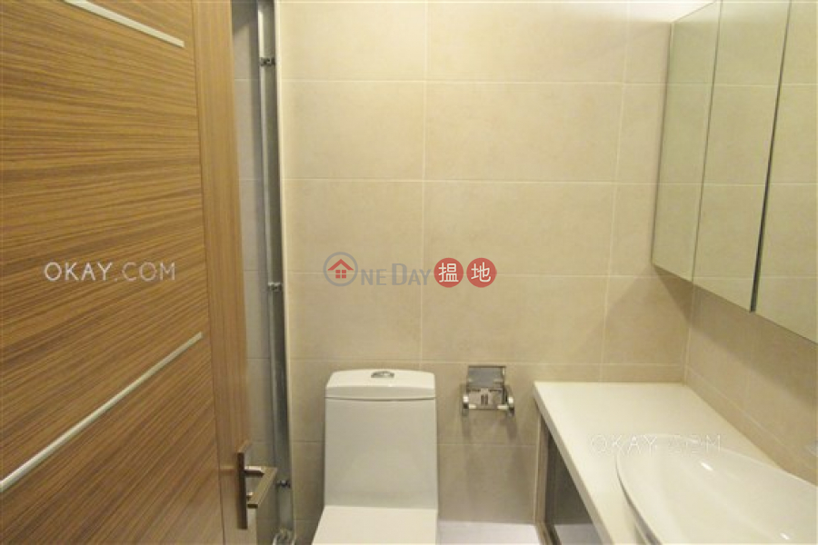 HK$ 35,000/ month Valiant Park | Western District Luxurious 3 bedroom in Mid-levels West | Rental