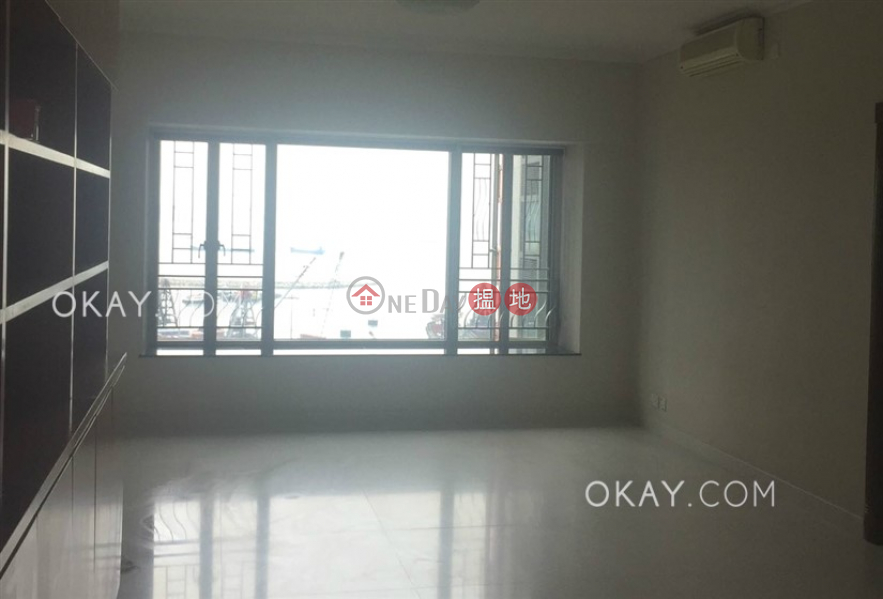 Popular 3 bedroom in Kowloon Station | For Sale | Sorrento Phase 2 Block 2 擎天半島2期2座 Sales Listings