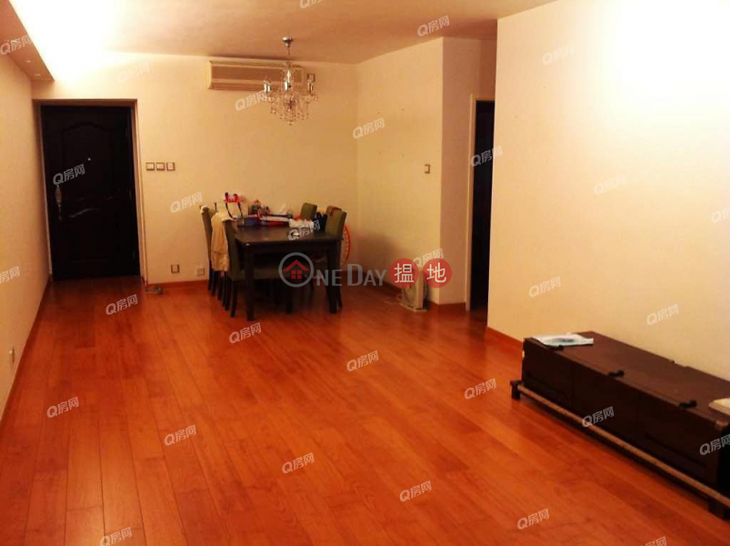 Block 25-27 Baguio Villa | 3 bedroom Low Floor Flat for Sale, 550 Victoria Road | Western District | Hong Kong, Sales HK$ 16.8M