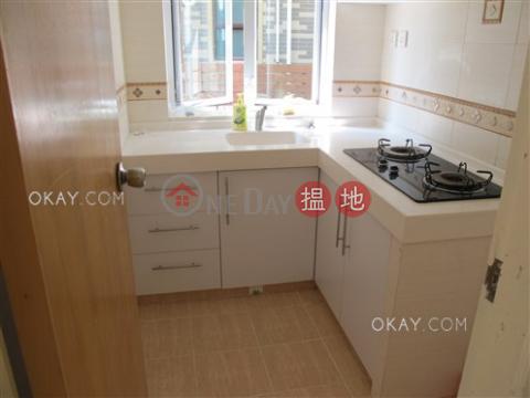 Elegant house with balcony & parking   Rental Sheung Yeung Village House(Sheung Yeung Village House)Rental Listings (OKAY-R74547)_0