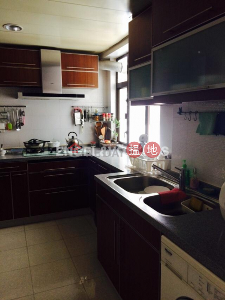 3 Bedroom Family Flat for Sale in Pok Fu Lam 550 Victoria Road | Western District, Hong Kong Sales HK$ 31.8M