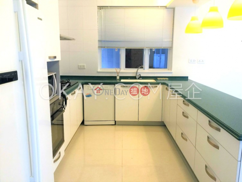 Exquisite house with rooftop, terrace & balcony   Rental   Sheung Yeung Village House 上洋村村屋 Rental Listings