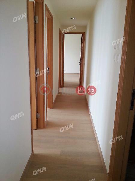 HK$ 75,000/ month, Grand Austin Tower 2 Yau Tsim Mong Grand Austin Tower 2 | 3 bedroom Mid Floor Flat for Rent