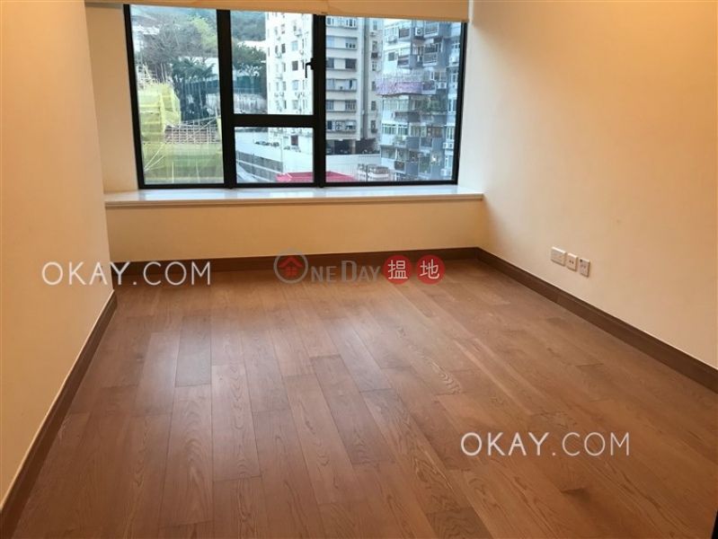 HK$ 36,000/ month Resiglow, Wan Chai District   Charming 2 bedroom with balcony   Rental