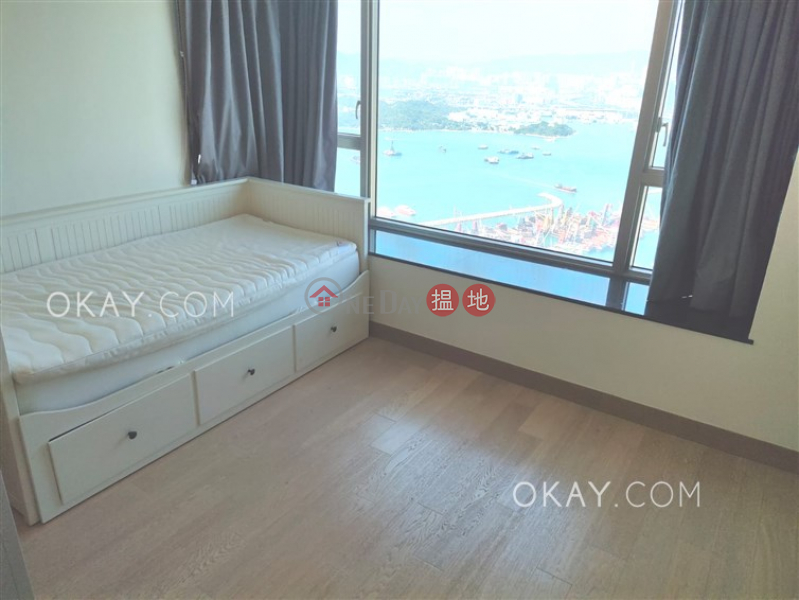 Gorgeous 3 bedroom on high floor with balcony & parking | For Sale | Sorrento Phase 2 Block 1 擎天半島2期1座 Sales Listings